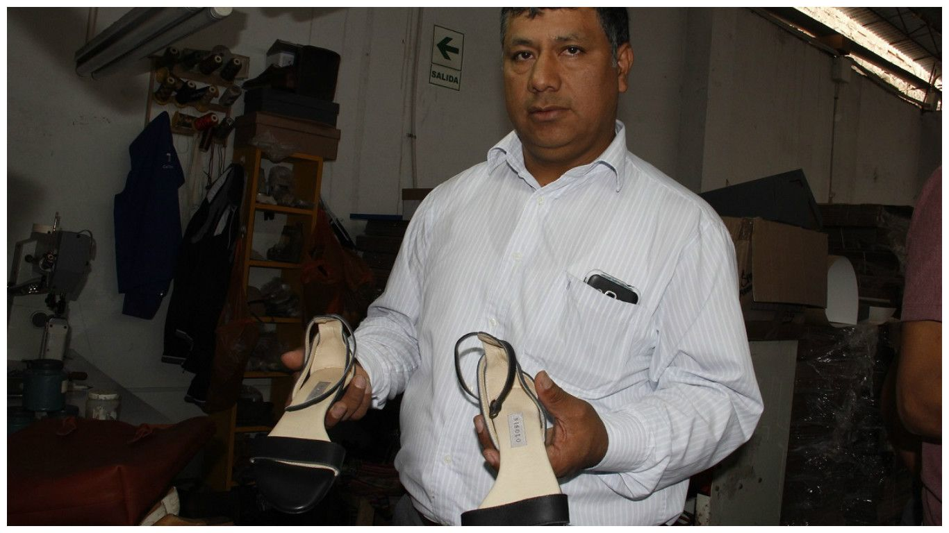 Logos de marcas de zapatos para mujer de emprendedores exitosos ... d30694a7764f